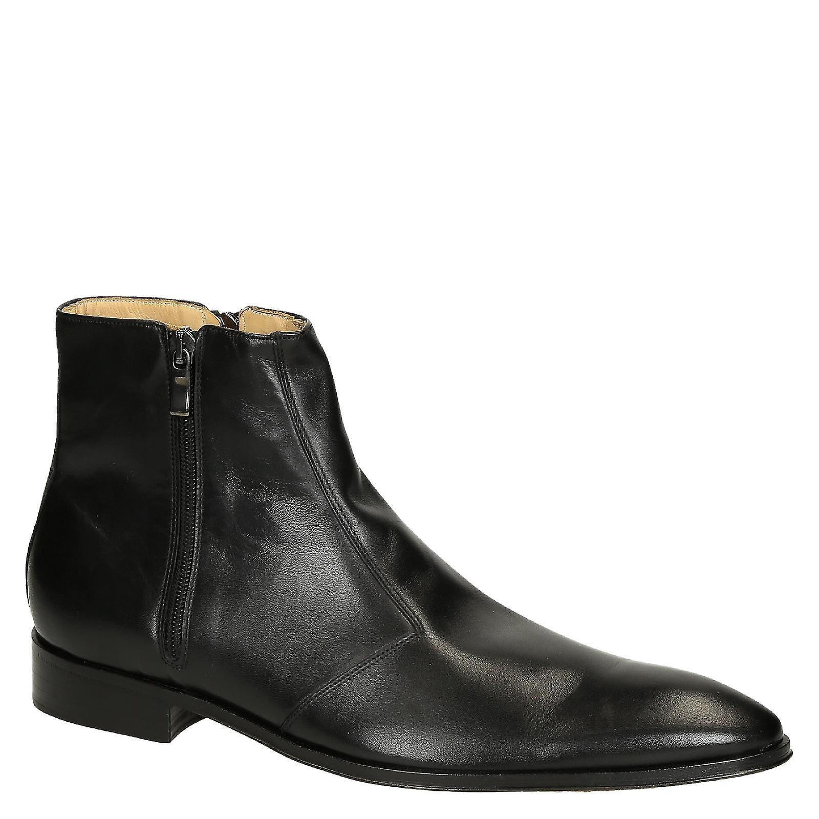 Black calf leather men's pointed toe dress boots