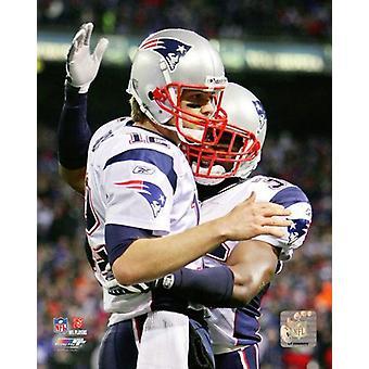Tom Brady viert zijn Record Breaking 50e touchdown van het 2007 seizoen Photo Print