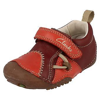 Chicos fanfarria crucero zapatos de Clarks con cierre de correa