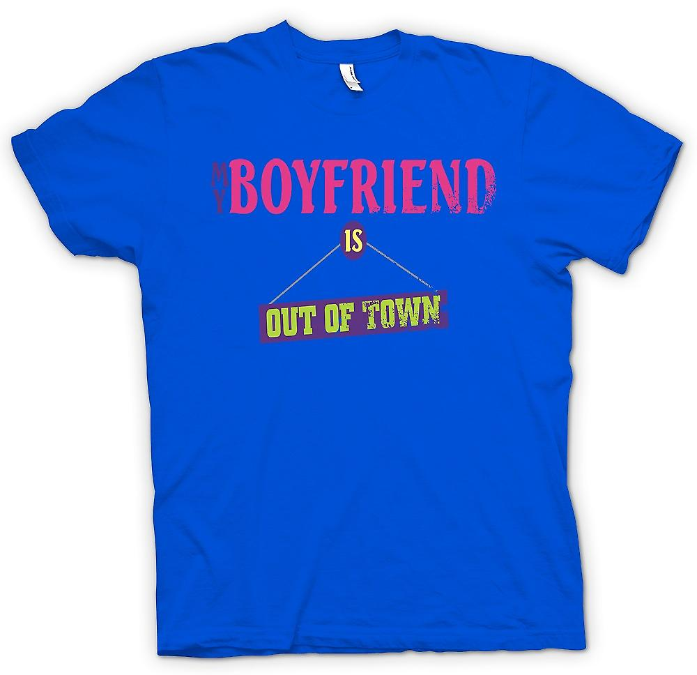 Mens T-shirt - My Boyfriend Is Out Of Town - Joke