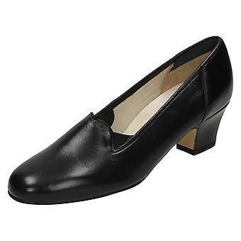Ladies Nil liknelse läder domstolen skor Bliss