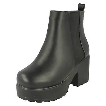 Ragazze Spot su Croc Patterned Slip On Boot con suola spessa