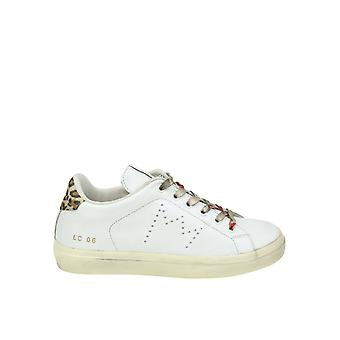 Leather Crown women's WLC064 White leather of sneakers