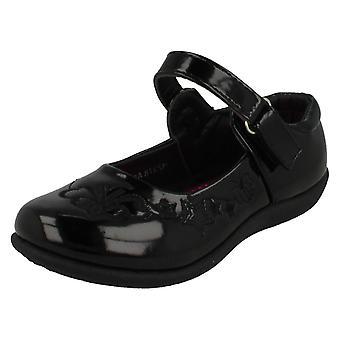 Miejscu dziewczyny na płaskim szkoły buty H2378