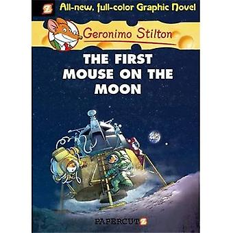 Geronimo Stilton 14 The First Mouse on the Moon (Geronimo Stilton Graphic Novels)
