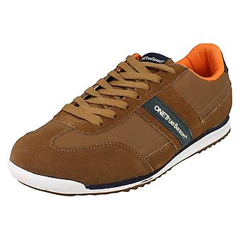 Mens One True Saxon Trainers Volare