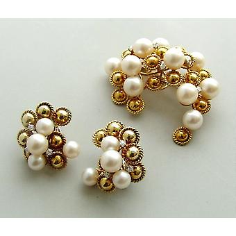 Gold brooch and Earclip set