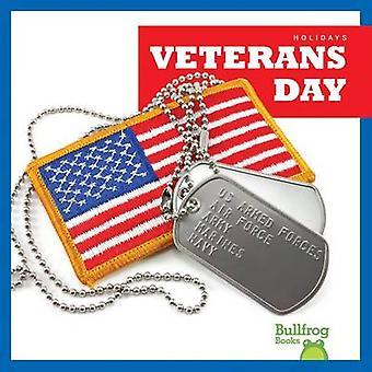 Veteran's Day by Rebecca Pettiford - 9781620311882 Book