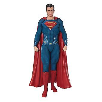 العدالة الجامعة أرتفكس + تمثال سوبرمان في البلاستيك (PVC & ABS)، مقياس 01:10، الشركة المصنعة: كوتوبوكييا.