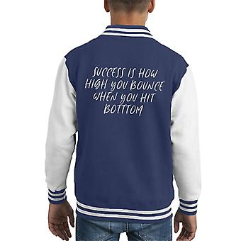 Erfolg ist, wie hoch Sie springen, wenn Sie schlagen unten George S Patton Zitat Kid Varsity Jacket