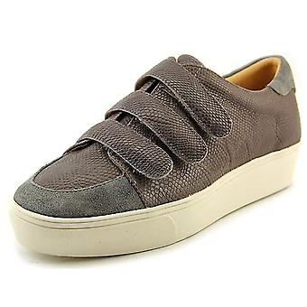 Nine West Women's Hidrate Reptile Fashion Sneaker
