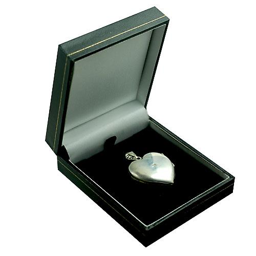 Silver 30x28mm hand engraved heart shaped Locket