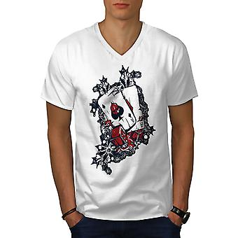 Poker Pocket ASA karty Men WhiteV szyi T-shirt | Wellcoda