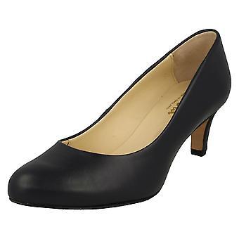 Ladies Van Dal Court Shoes Linden