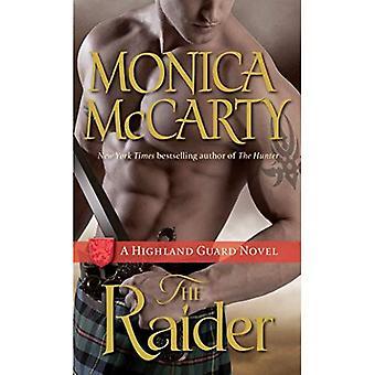 The Raider: A Highland Guard Novel (Highland Guard Novels)