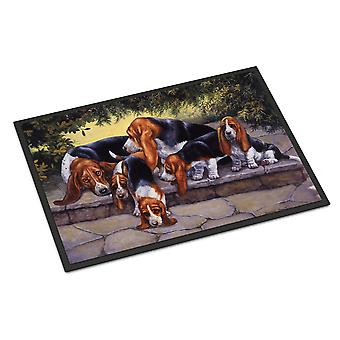 Basset Hound Puppies, Momma and Daddy Indoor or Outdoor Mat 18x27