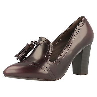 Spot de senhoras em sapatos de salto F9726