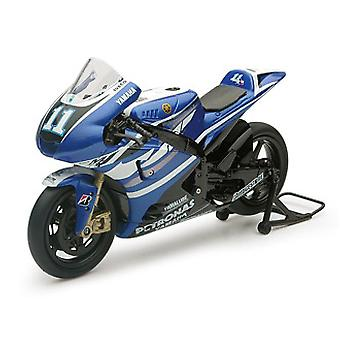Yamaha YZR-M1 Number 1 (Ben Spies - Moto GP 2011) Plastic Model
