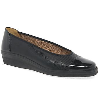 Gabor Gabor Petunia Wide Fit Court Shoes