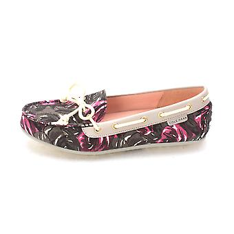 Cole Haan Womens Carolynsam Closed Toe Boat Shoes