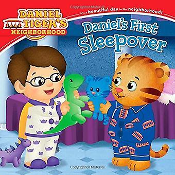 Daniel's First Sleepover (Daniel Tiger's Neighborhood)