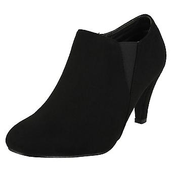 Ladies Anne Michelle Low Cut Ankle Boots F50693