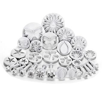 56 Pcs Cake/Cookie Decorating Sugarcraft Cutters Smoothers Nozzles Tools & Plungers - Flower Leaf Shapes