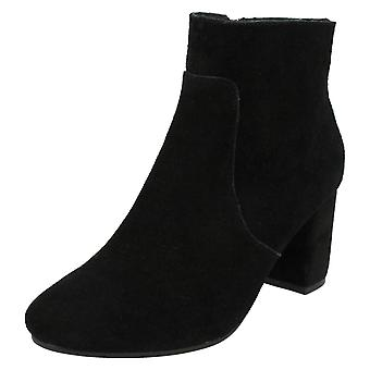 Ladies Leather Collection Suede Ankle Boots F50534