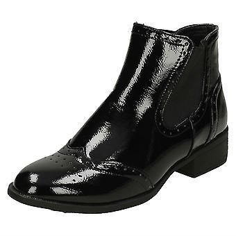Ladies Spot On Mid Heel Ankle Boots F50841