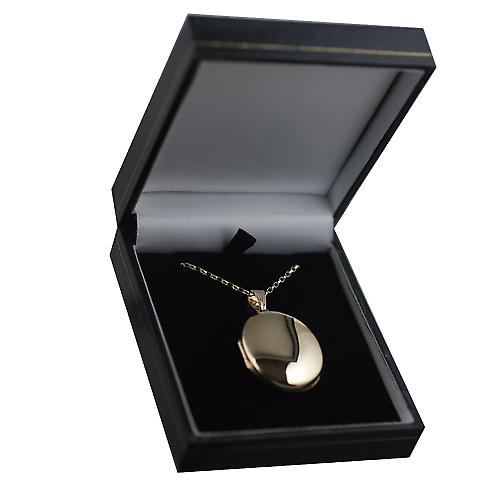 9ct Gold 30x24mm plain oval Locket with a belcher Chain 16 inches Only Suitable for Children