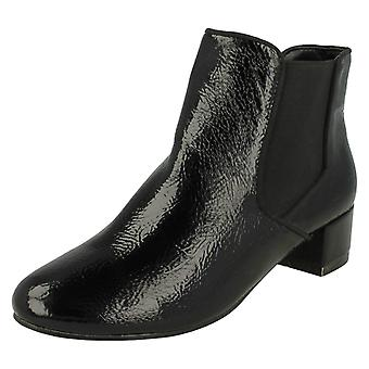 Ladies Anne Michelle Ankle Boots F50547