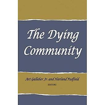 The Dying Community (Advanced Seminar)