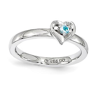 2,25 mm Sterling Silver polerat stift uppsättning rodium-plated stapelbar uttryck blå Topaz hjärtat Ring - Ring storlek: 5 till 1
