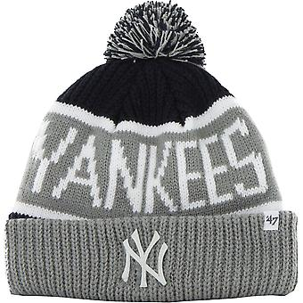New York Yankees '47 Calgary Knitted Bobble Beanie Hat