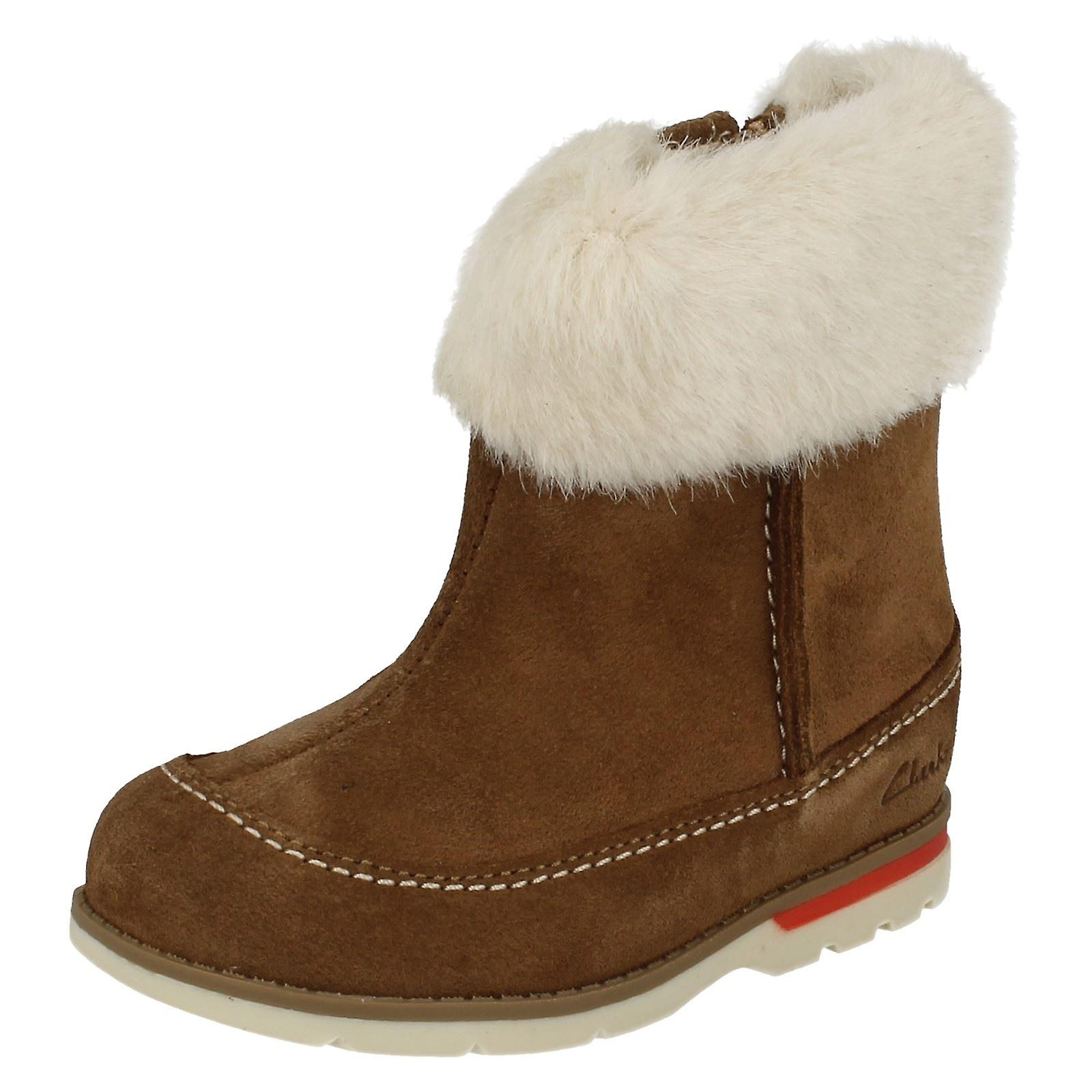 Girls Clarks First Boots with Faux Fur Cuff Dabi Petal