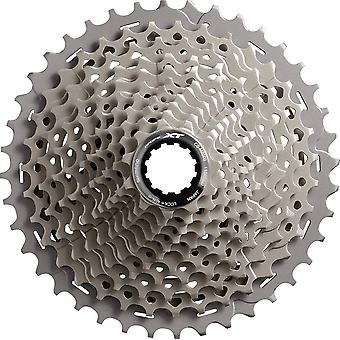 Shimano M-8000 (Deore XT) / / 11-speed cassette (11-42-tands)