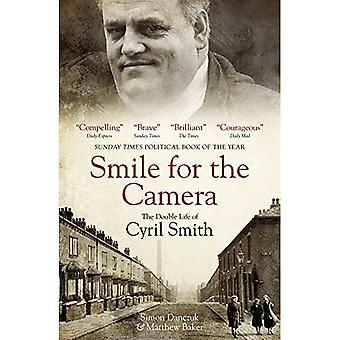 Ler för kameran: Cyril Smiths dubbel liv