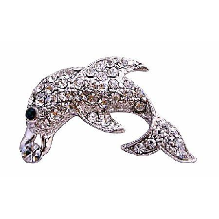Silver Dolphin Brooch Artistically Decorated with Cubic Zircon