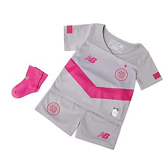 New Balance Celtic FC 2019/20 Infant Kids Third Football Kit Grey/Pink