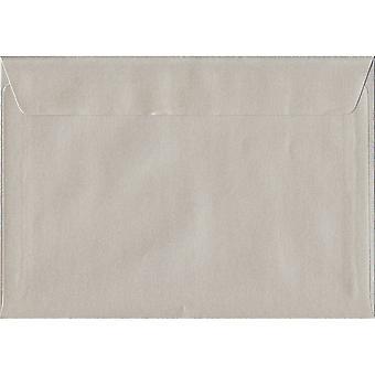Oyster Pearl skal/tätning C5/A5 färgade elfenben kuvert. 100gsm FSC hållbart papper. 162 mm x 229 mm. plånbok stil kuvert.