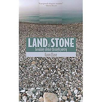 Terre de la pierre: briser le Silence à travers la poésie