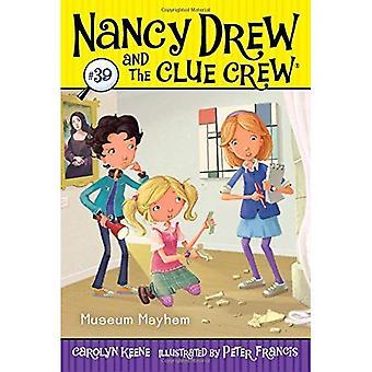 Museum Mayhem (Nancy Drew & the Clue Crew)