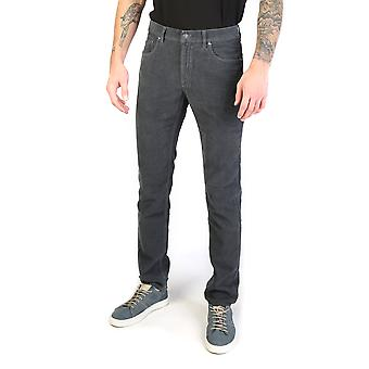Karriere-Kleidung-Jeans 000700_1050A