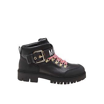 Botas de tobillo de cuero negro Moschino