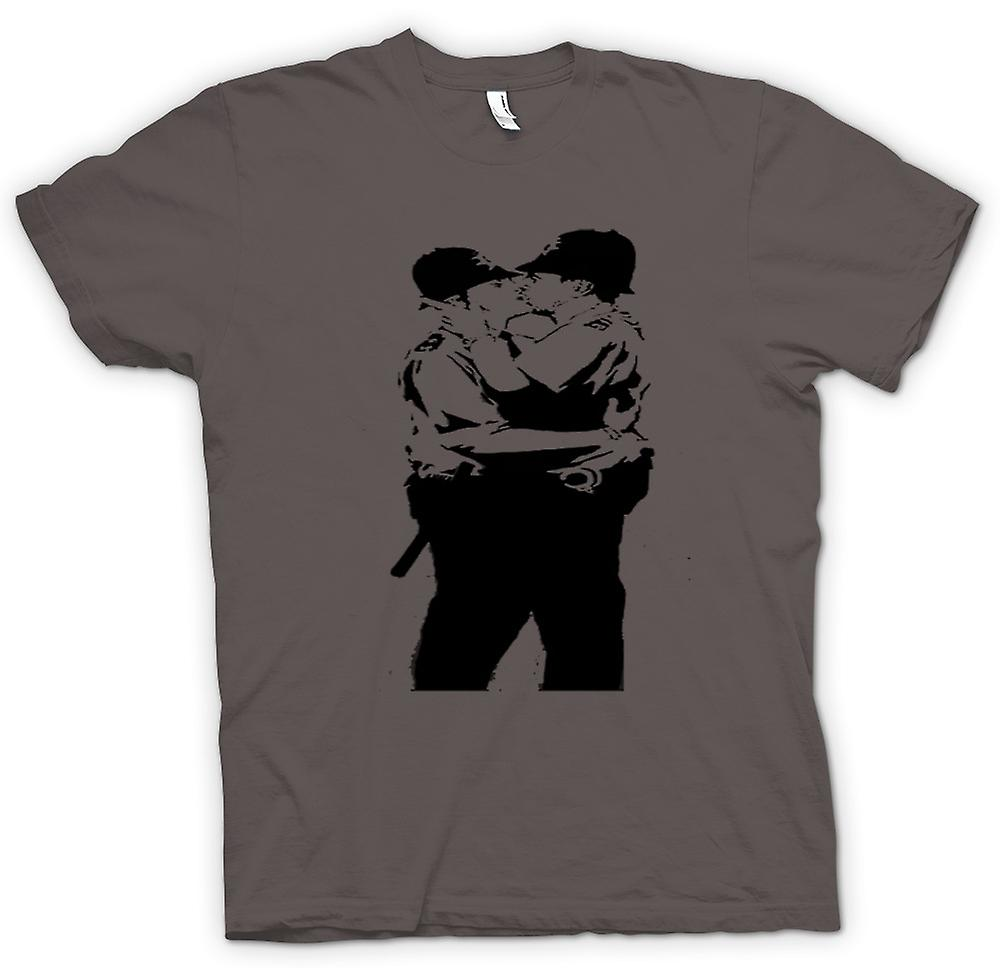 T-shirt - Graffiti di Banksy arte - Gay polizia