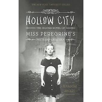 Hollow City by Ransom Riggs - 9780606363945 Book