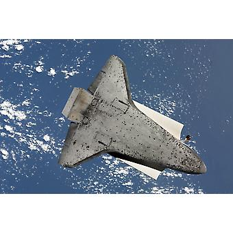 7 avril 2010 - le dessous de la navette spatiale Discovery Poster Print