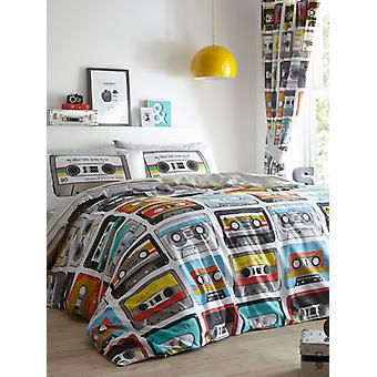 Retro Cassettes Duvet Cover and Pillowcase Set
