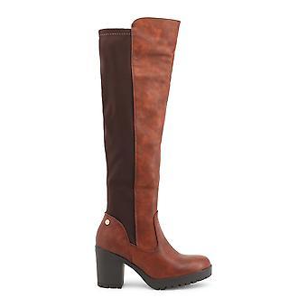 XTI 47399 scarpe