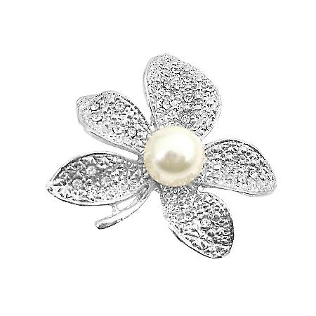 Contemporary Dashing Sparkling Flower Dress Brooch